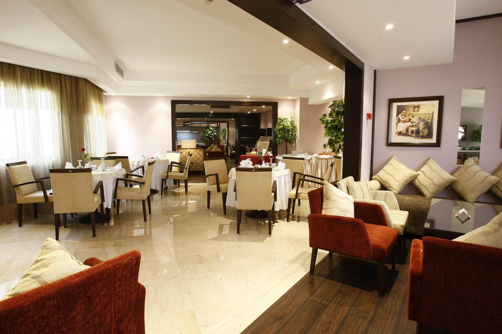 executive-lounge-6