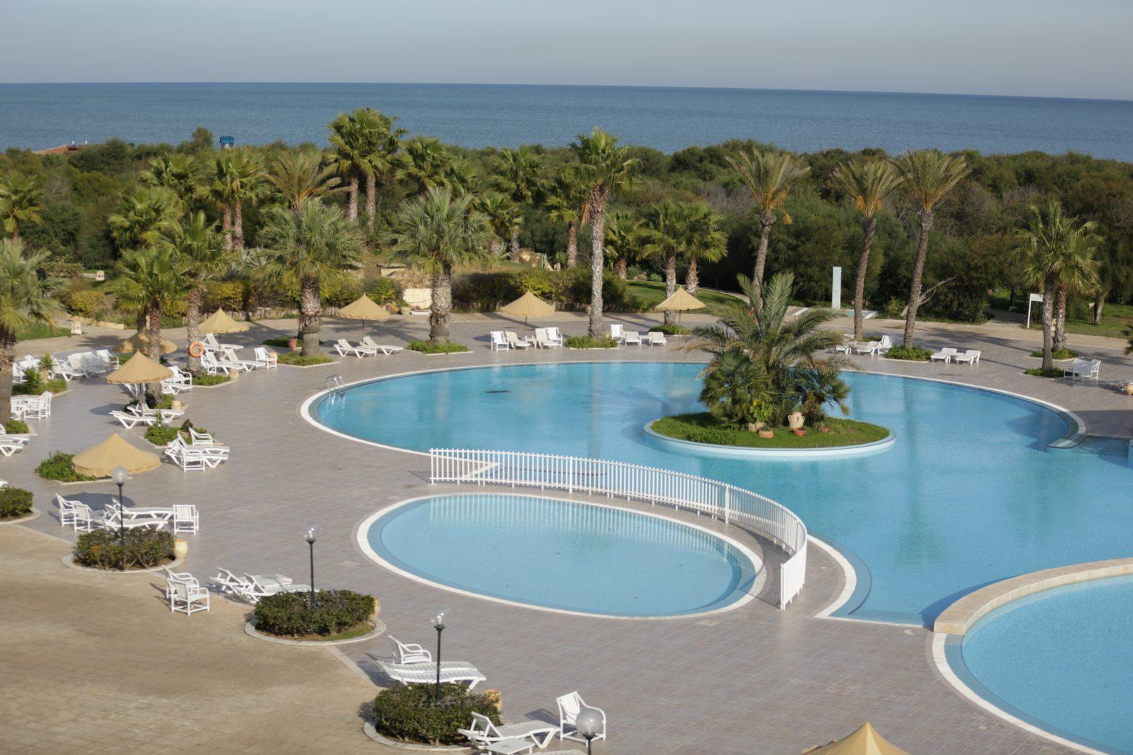 pool-sea-view-2